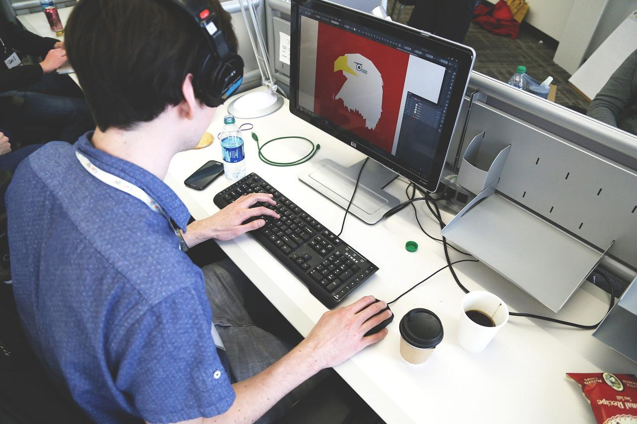 Как зарабатывать на графическом дизайне